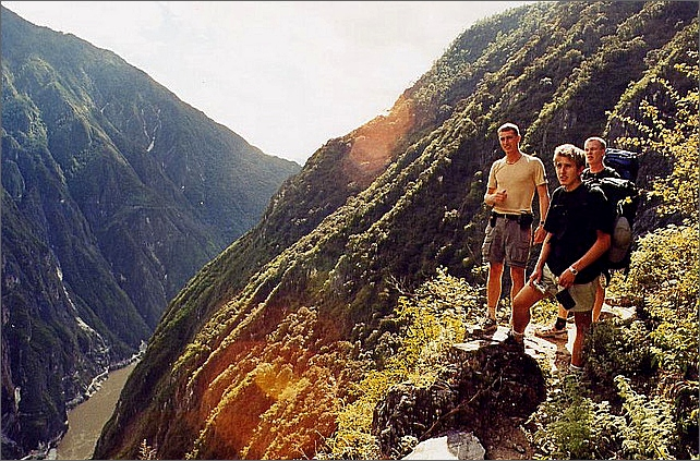 Tiger Leaping Gorge Trek. China.