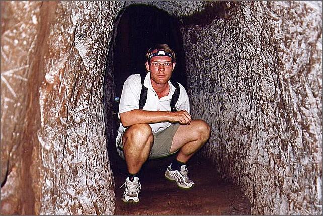 Vịnh Moc tunnels, Vietnam.