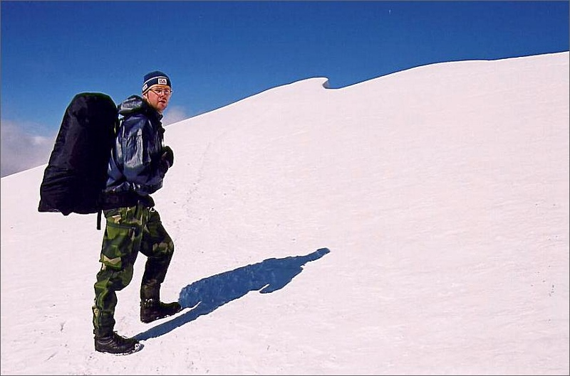 Magnus nära toppen av Glittertind 2465 meter.