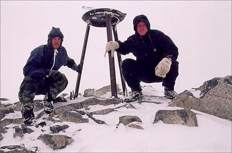 14. Magnus och jag på toppen av Galdhöpiggen 2469 meter och Norges högsta berg.