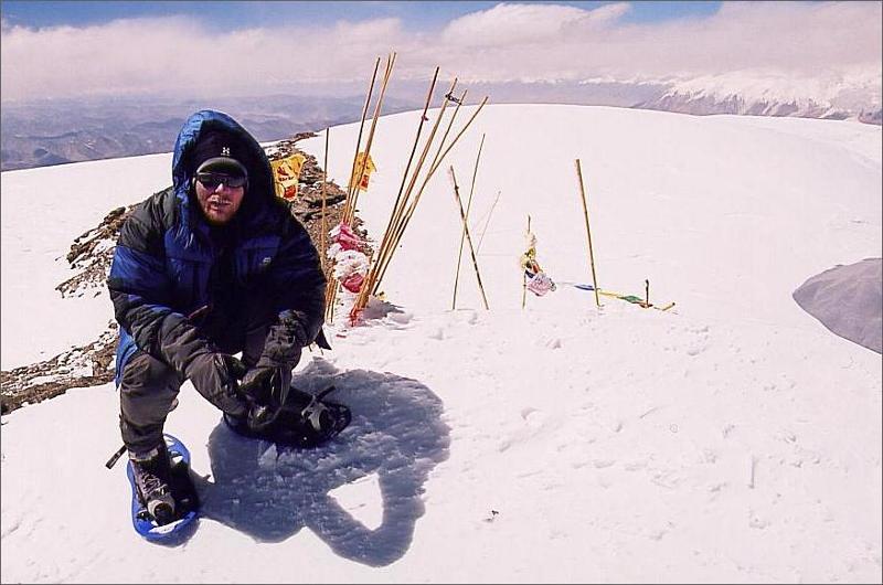 17. Jag på toppen av Muztagh Ata 7506 meter. Dag 17. Jag och Micha nådde toppen någon timma efter Janne Corax som gick i turbofart.