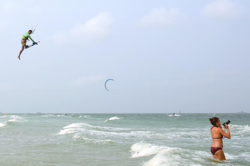 Kitesurfing, Hua Hin.
