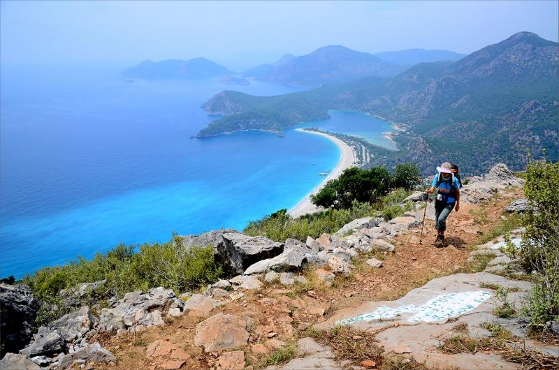 Vy över Öludeniz Beach och Medelhavet.