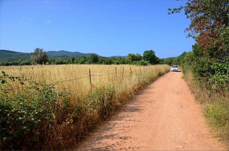 Grusväg mellan Cukurbag och Eflatun.