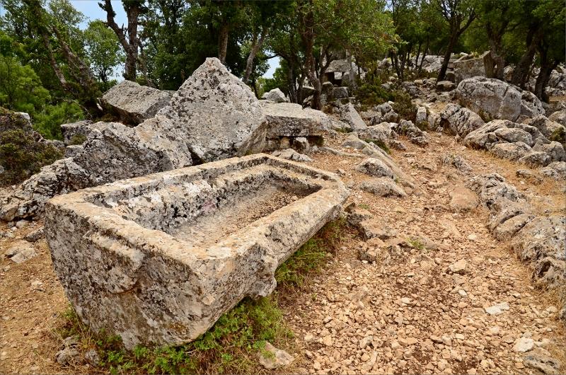 Nedre delarna av Belos ruiner.