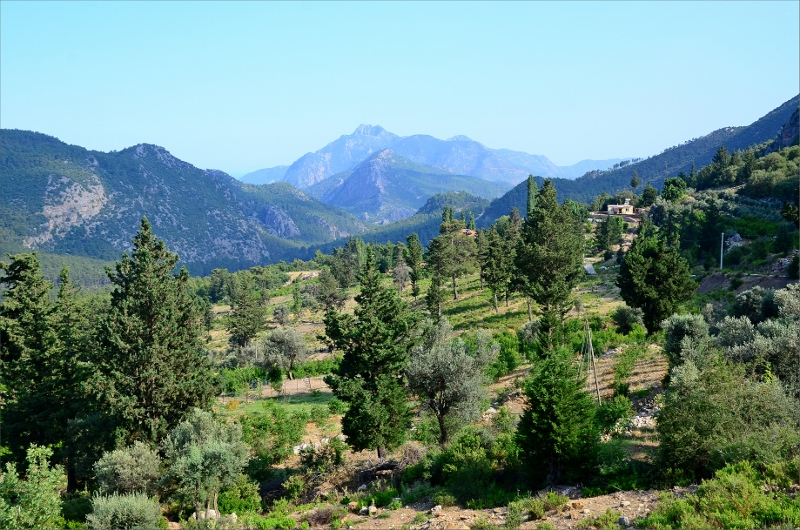 Vy bakåt ner i dalen mellan Beycik och Ulupinar.