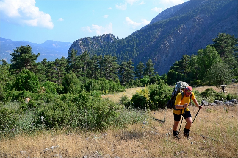 Vandringens sista motlut på väg upp till Karabel Pass.