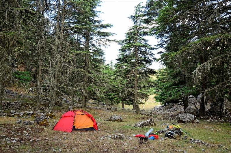 Sista morgonen och camping strax nedanför Karabel Pass.