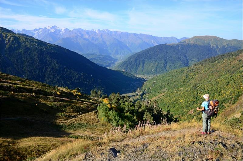 Vy bakåt från klättringen upp till Guli Pass.