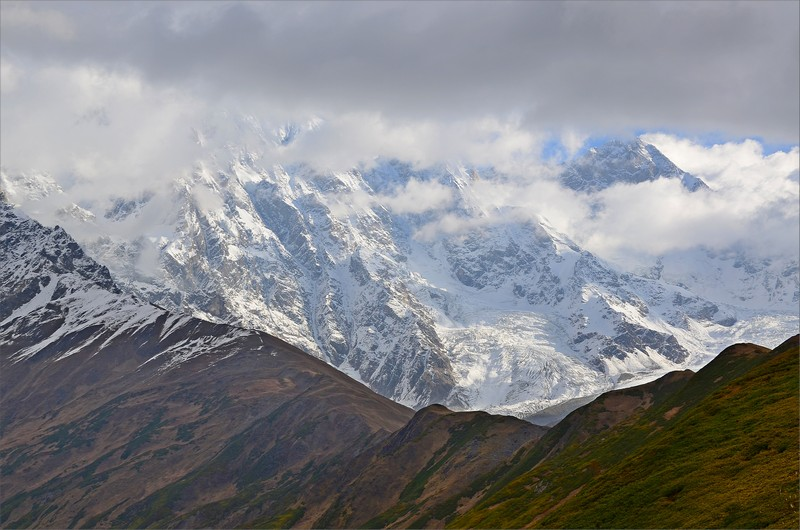 Vy från Chkhunderi Pass.