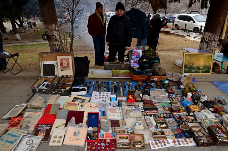 10. Dry Bridge Flea Market, Tbilisi.
